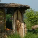 Domek – Yurta z bali słomianych